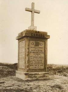 The 44th Battalion monument on the battlefield of Vimy Ridge some time after 1917.  Photo: National Archives of Australia, M5107, 8363910; RV Morse